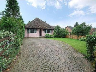 Bridle Path, Woodcote, Reading, Rg8