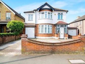Romford, Essex Rm7 - Detached, Garden