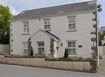 Primrose Cottage, High Street, St. Florence, Tenby Sa70