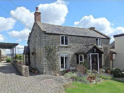 Main Road, Whiteshill, Stroud, Gloucestershire, Gl6