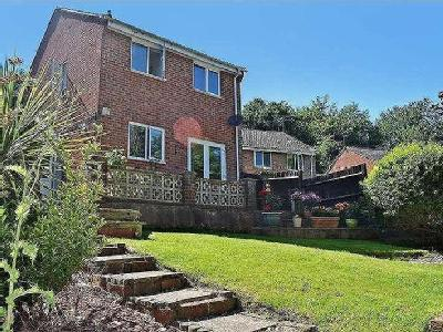 Holly Drive, Waterlooville, Hampshire, Po7