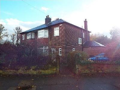 Doveleys Road, Salford, M6 - Patio