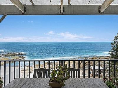 Murray Avenue, Newcastle East