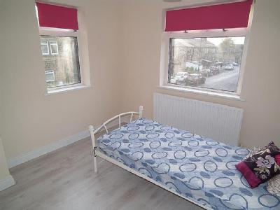 House to rent, Park Road - Garden