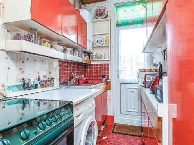 House for sale, Links Road - Garden
