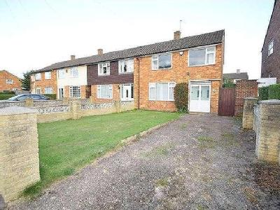 Lynch Hill Lane, Slough, Sl2 - Garden
