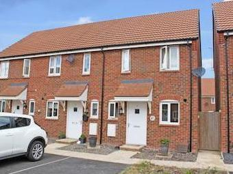 Maple Road, Didcot Ox11 - Terrace