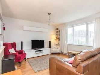 Froomshaw Road, Frenchay Bristol Bs16