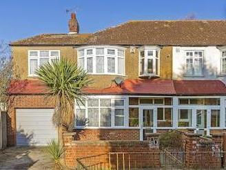 House for sale, Crossway Sw20