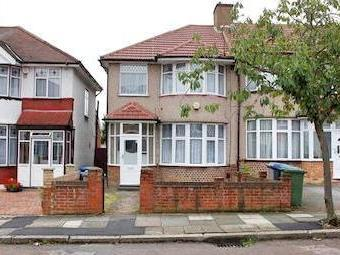 House to rent, Eton Grove Nw9