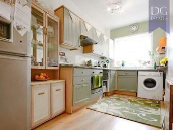 Southey Road N15 - Double Bedroom
