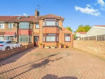Sunley Gardens, Perivale, Greenford, Middlesex Ub6