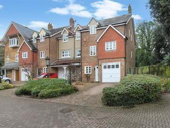 Morningside Close, Prestbury, Cheltenham Gl52