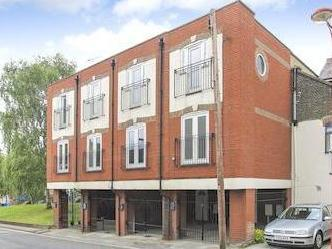 Worcester Court, Delce Road, Rochester, Kent Me1