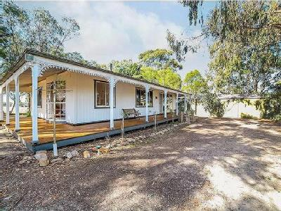 House to buy Range Road - Air Con