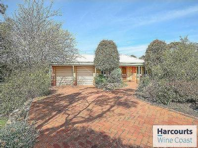 Greenfield Court, Willunga - Garden