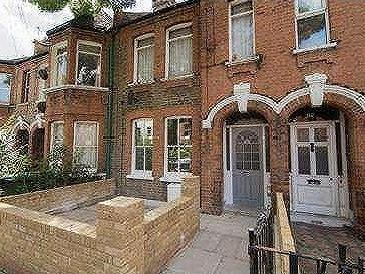Flat for sale, Carr Road, E17