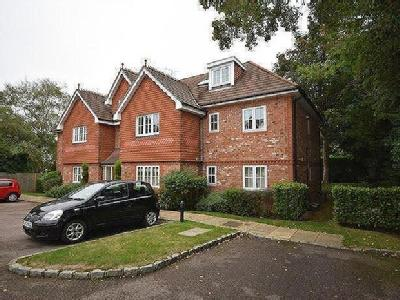 Flat for sale, Highdown Close