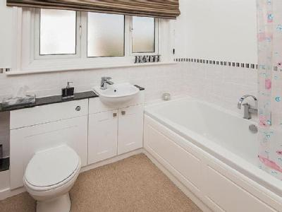 Flat for sale, Knole Road - Listed