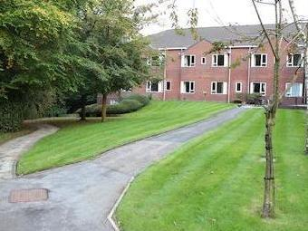 Larmenier Retirement Village, Blackburn Bb2