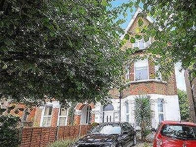 Flat for sale, Bromley Common