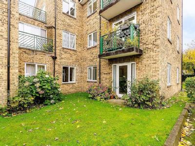 Flat for sale, Widmore Road