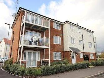 Cotton Lane, Dartford Da2 - Listed