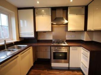 Harrop Court, Darwen Bb3 - Kitchen