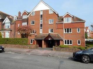 Meads Road, Eastbourne Bn20 - Lift