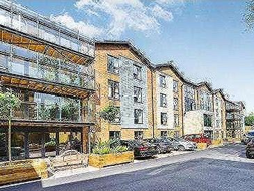 One Bedroom++, Quarry Court Adelaide Place Fishponds