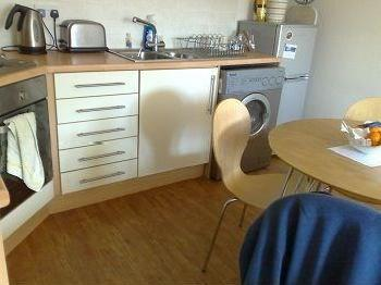 2 bedroom flat to rent - Furnished