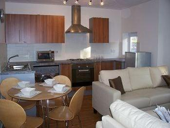 2.0 bedroom flat to rent - Furnished
