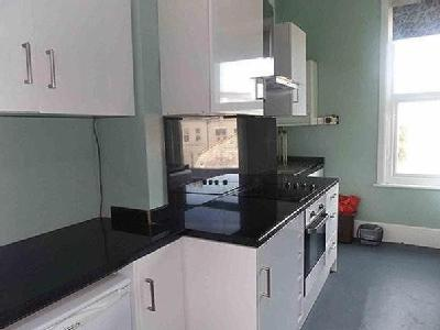flat to let - Gas Central Heating