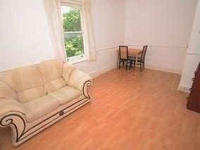 1.0 bedroom flat to rent - Furnished