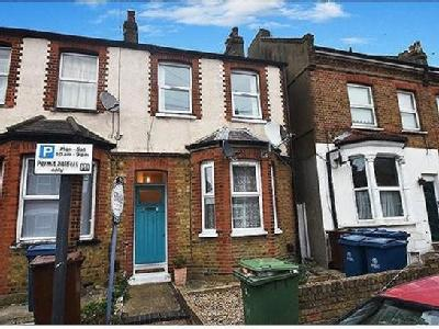 1 bedroom flat for sale - Freehold