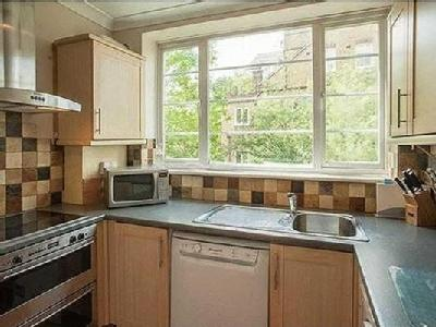 2 bedroom flat for sale - Garden