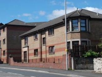 Inverkip Road, Greenock Unfurnished Pa16