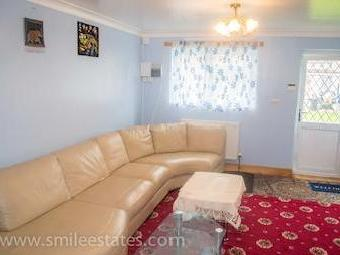 Curtis Road, Hounslow Tw4 - Furnished