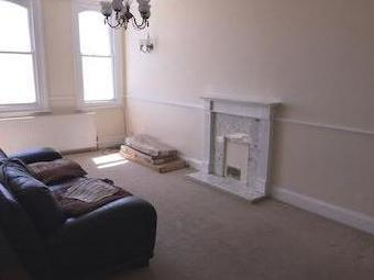 Kingsway, Hove Bn3 - Fireplace