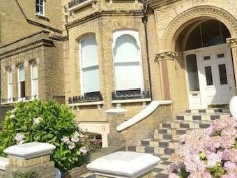 Amberley Court, Second Avenue, Hove Bn3