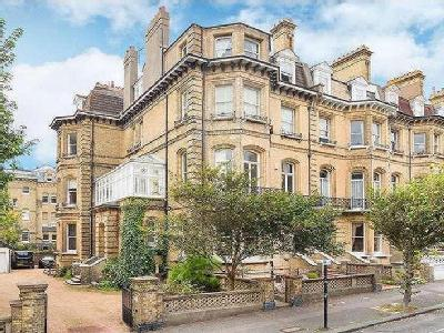 First Avenue, Hove, East Sussex, Bn3