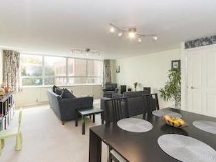 Sussex Court, Eaton Road, Hove, East Sussex Bn3