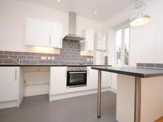 Montpelier Road Se15 - Unfurnished
