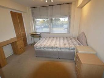 Flat to rent, Green Vale W5 - Balcony