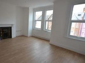 Flat to rent, Mora Road Nw2