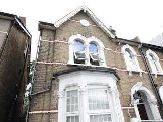 Stanstead Road Se6 - Listed, No Chain