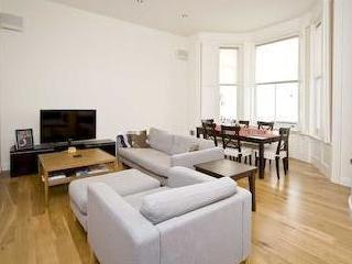 Nevern Place Sw5 - Double Bedroom