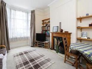 Priory Park Road Nw6 - Double Bedroom