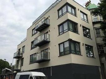 Junction Road N19 - Modern, Leasehold