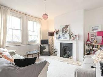 Park Road, Crouch End N8 - Fireplace